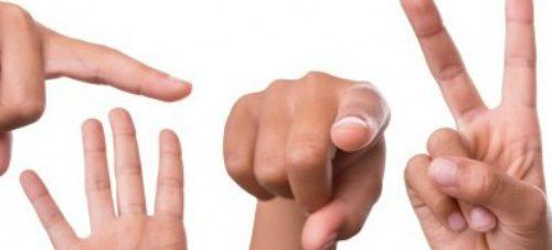 Het is mogelijk gebarentaal te gebruiken met een accent