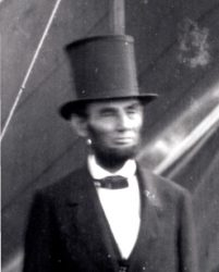 abe_lincoln_top_hat1
